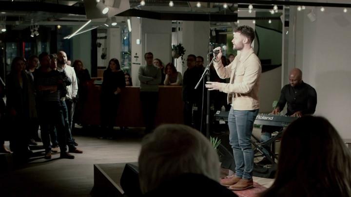 What did Calum Scott sing?