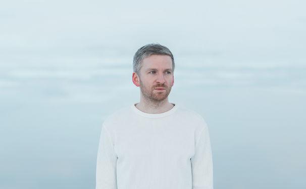 Ólafur Arnalds, Am 6. April veröffentlicht Olafur Arnalds seine neue Single re:member