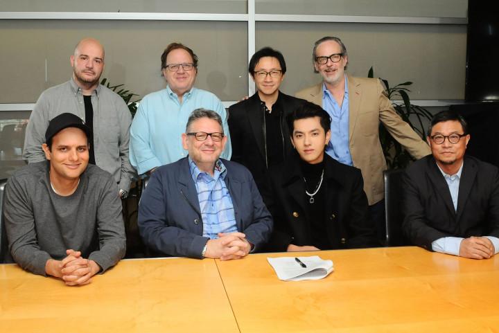 Kris Wu Signing 2