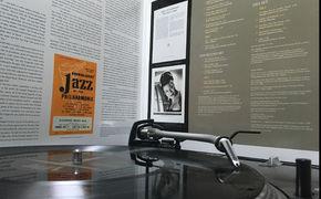JazzEcho-Plattenteller, Höher, weiter, Ella - Ella Fitzgeralds legendäre JATP-Aufnahmen