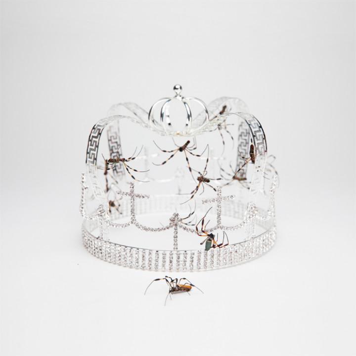 Billie Eilish - Crown Single Cover