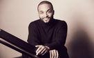 Sullivan Fortner, Vielgefragt - Sullivan Fortner spielt mit Jazz-Größen