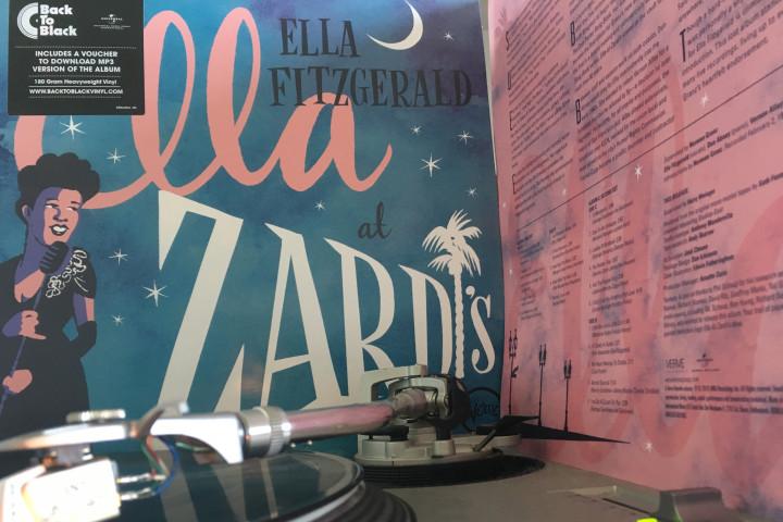 Plattenteller - Ella At Zardi's