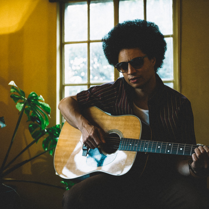 José James – Lean On Me (3)