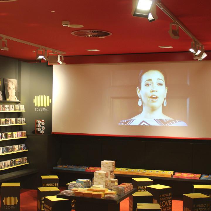 DG Lounge bei Dussmann das KulturKaufhaus