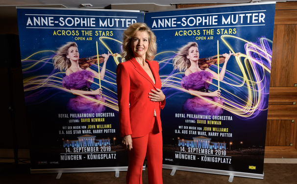 Anne-Sophie Mutter, Across the Stars – erleben Sie Anne-Sophie Mutter live beim Open Air Konzert in München mit Werken von John Williams