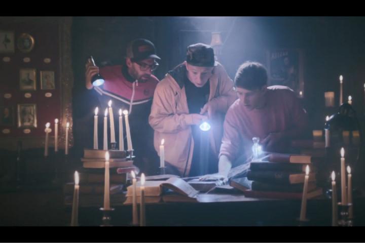 Deine Freunde Keine Märchen Musikvideo Screencap