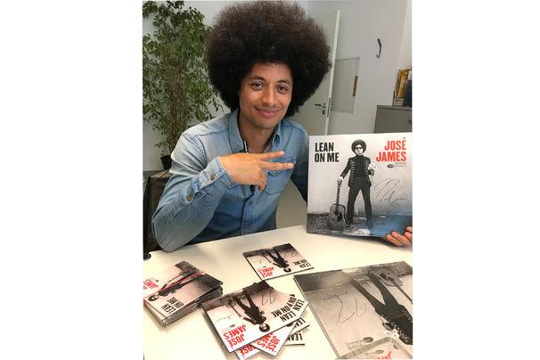 José James, Signierte José James-Alben zu gewinnen