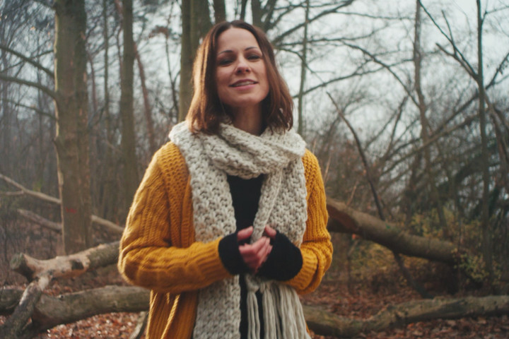"Christina Stürmer - Video ""Du erinnerst mich an mein Herz"""