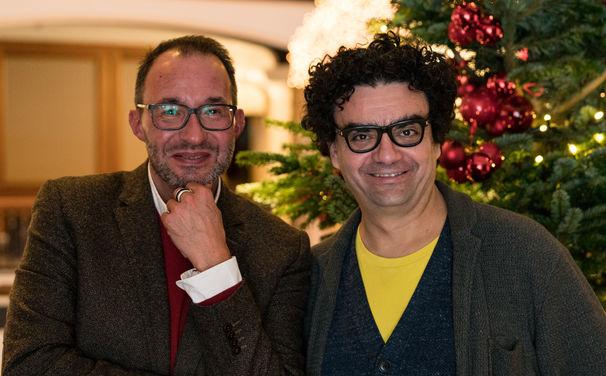 Lass uns über Klassik reden, Köstliche Unterhaltung - Im Podcast Lass uns über Klassik reden trifft Holger Wemhoff diese Woche auf Star-Tenor Rolando Villazón
