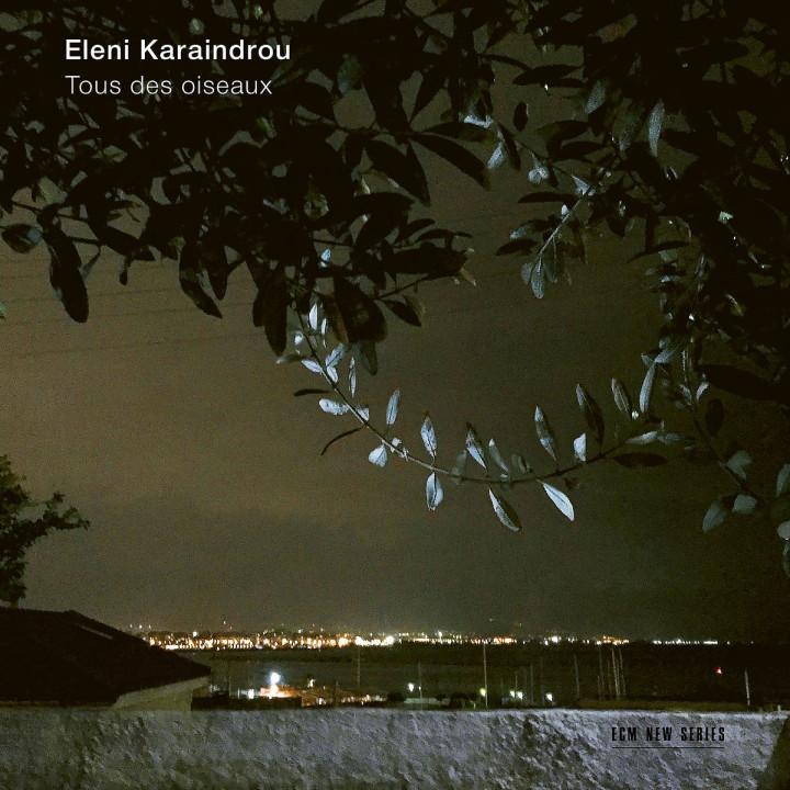 Karaindrou: Tous des oiseaux