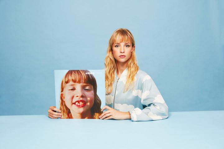 Angèle—Press Photo—2018 promo