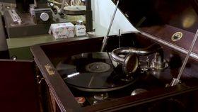 DG120, The Shellac Project - Akustische Aufnahmetechnik und Lesungen von Tolstoi