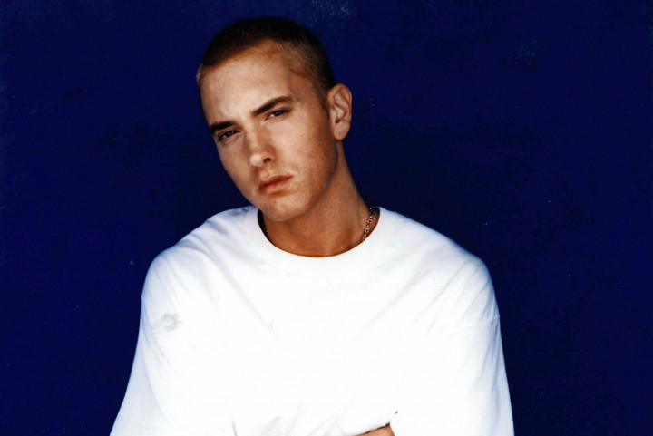 Eminem 2002 Press Pic 1