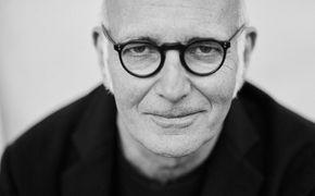 Ludovico Einaudi, Musikalischer Spaziergang - Für sein Album Day 1 hat Ludovico Einaudi horizonterweiternde Klanglandschaften kreiert