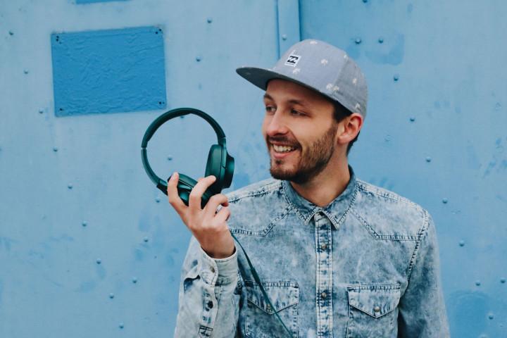 """Mitmach-Sound mit elektronischen Beats und eingängigen Melodien: Hier ist """"Das blaue Album"""" von Nilsen"""