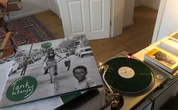 JazzEcho-Plattenteller, Wenn morgen heute schon gestern wär' - Tank and The Bangas auf LP