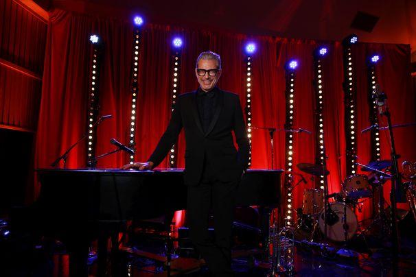 Jeff Goldblum, Jazz auf der Rock-Bühne - Jeff Goldblum begeistert Tausende und kündigt neues Album an