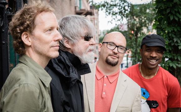 ECM Sounds, ECM-Neuheiten im September - Quartett-Alben von Ethan Iverson und Louis ...