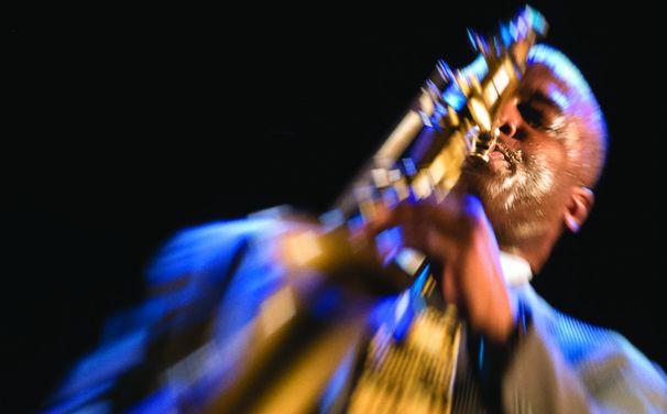 James Carter, Django in Downtown Detroit - Carter groovt mit Organ Trio