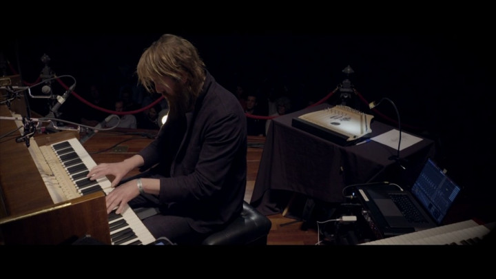 Orvonton (Live at Concertgebouw, Amsterdam / 2019)