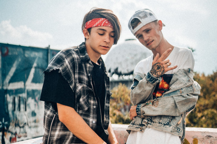 Bars and Melody Pressefotos Lighthouse - 3