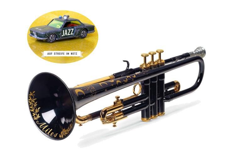 """Blaue """"Moon and Star"""" Trompete von Miles Davis"""