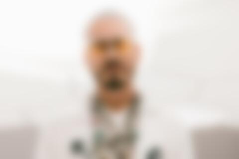 J Balvin Blanco 2019 (1)