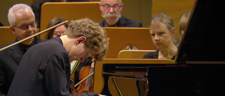 Beethoven: Piano Concerto No. 3: II. Largo