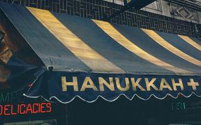 Various Artists, Happy Hanukkah - Indie-Klänge zum jüdischen Lichterfest