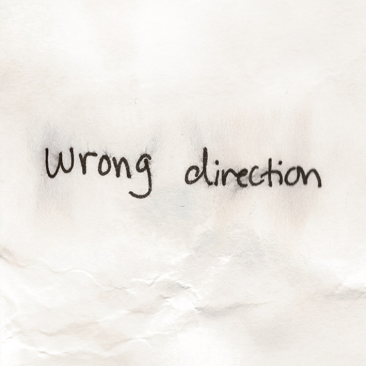 Hailee Steinfeld - wrong direction