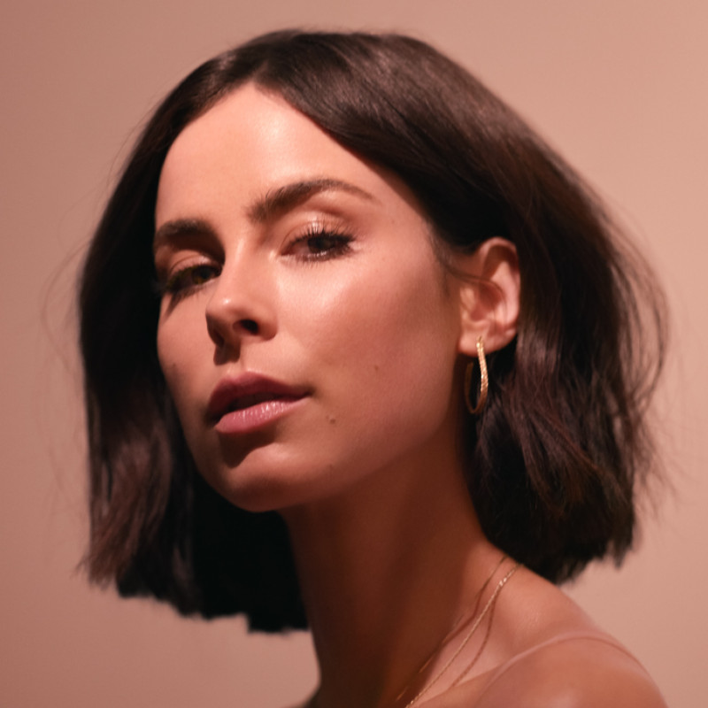 MORE MUSIC: LENAS PLAYLISTS