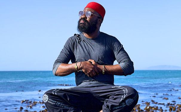 Nduduzo Makhathini, Afrikanischer Visionär - Nduduzo Makhathinis Blue-Note-Debüt jetzt überall anhören