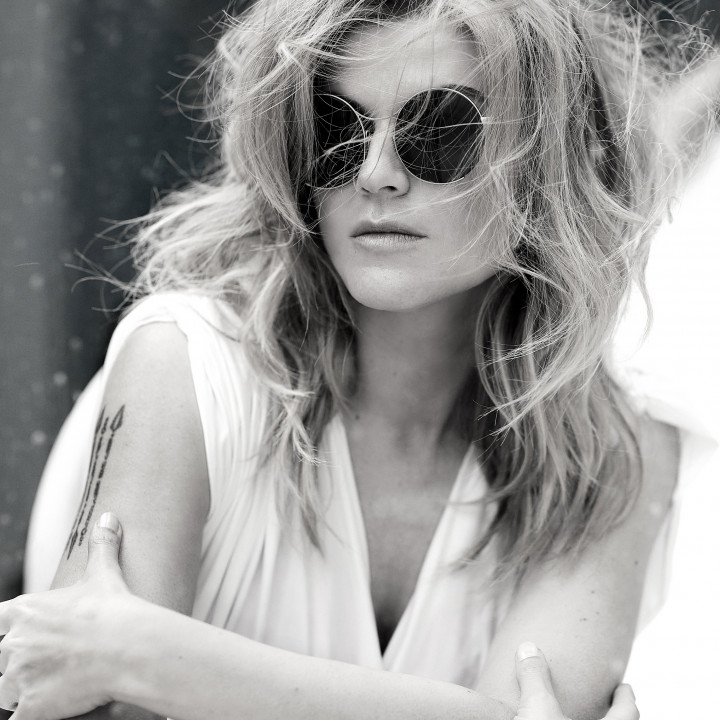 Melody Gardot – Sunset In The Blue