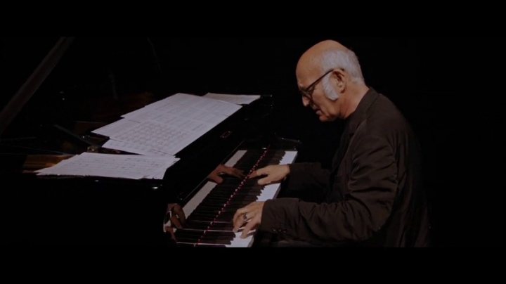 Einaudi: Fly (Live From The Steve Jobs Theatre / 2019)