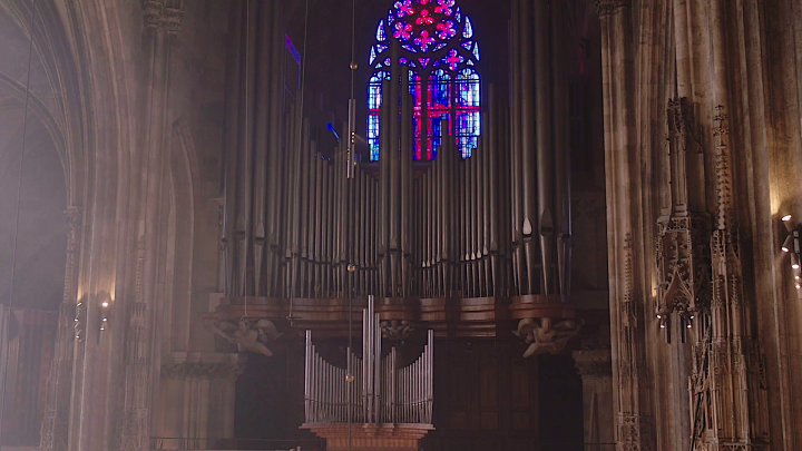 Konstantin Reymaier – Bach: Toccata (The New Organ at St. Stephen's cathedral, Vienna)
