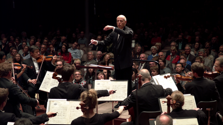 Paavo Järvi – Schmidt: Intermezzo Notre Dame (hr-Sinfonieorchester)