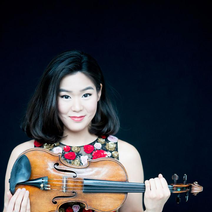 Esther Yoo