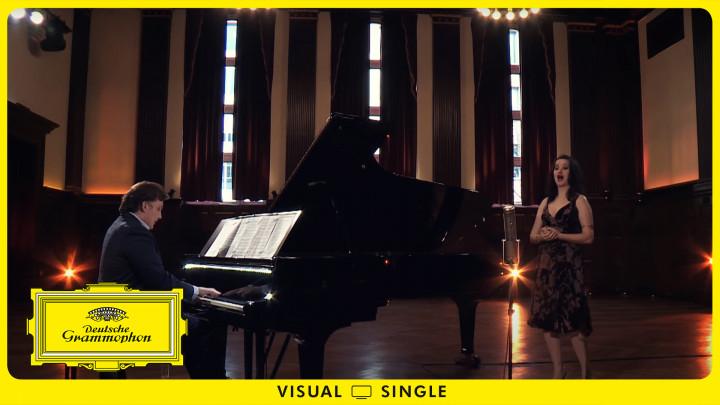 Prohaska - Puccini: La bohème, SC 67 / Act 1: Si. Mi chiamano Mimi Visual Single YT Pseudo Cover