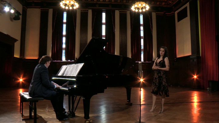 """Anna Prohaska & Caspar Frantz – Puccini: La bohème """"Mi chiamano Mimì"""", Act 1, Scene 67"""