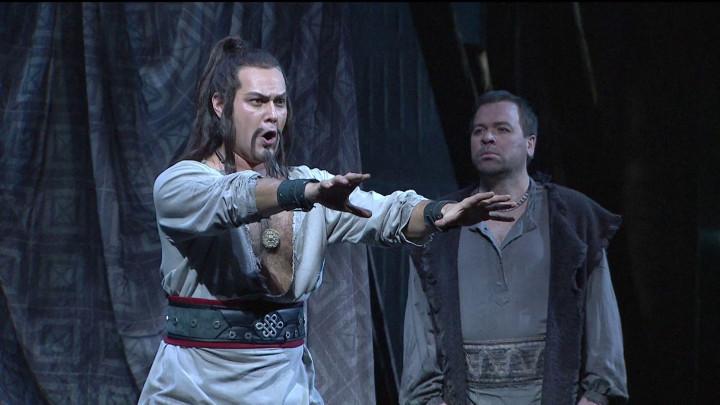 Verdi: Attila Akt 1 Mentre Gonfiarsi L'Anima (mit dem Mariinsky Orchestra & Valery Gergiev)