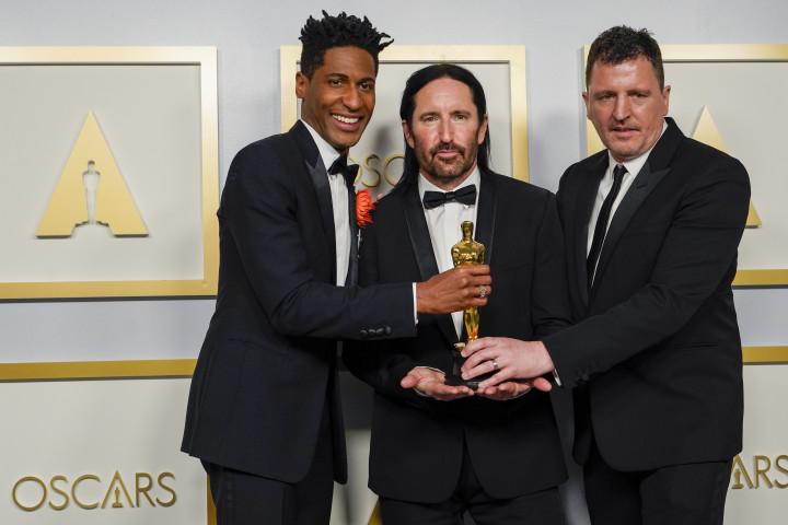"Oscar für den ""Soul""-Score: Jon Batiste / Trent Reznor / Atticus Ross (v.l.n.r.)"