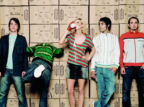 Juli, Juli als erste deutsche Band in Second Life